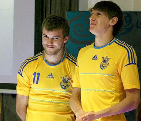 Сборная Украины по футболу получила новую форму для ЕВРО-2012