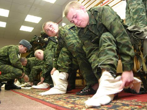 Российская армия перестанет использовать портянки до конца 2013 года