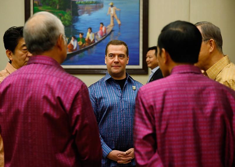 Премьер-министр России Дмитрий Медведев на Восточноазиатском саммите в Мьянме, 12 ноября 2014г.